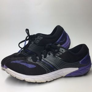 Brooks pure cadence size 8 purple/black.